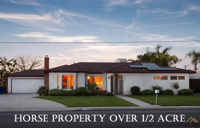 9926 Palm Avenue, Bakersfield, CA 93312 (#21907483) :: Infinity Real Estate Services
