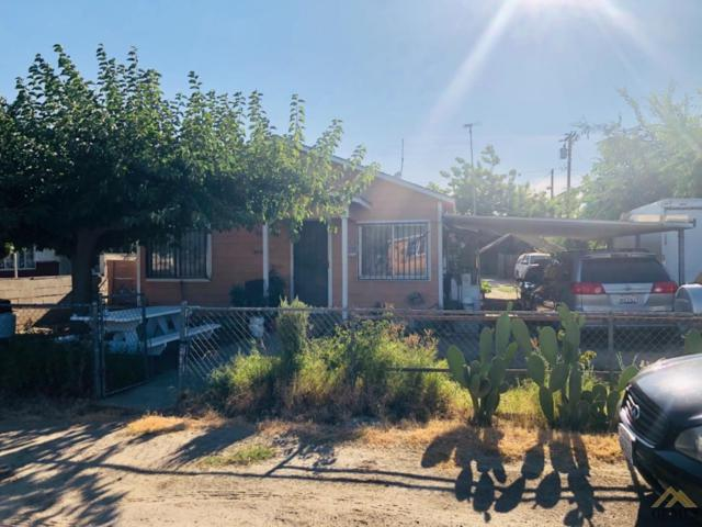945 Olive Road, Earlimart, CA 93219 (#21908140) :: Infinity Real Estate Services