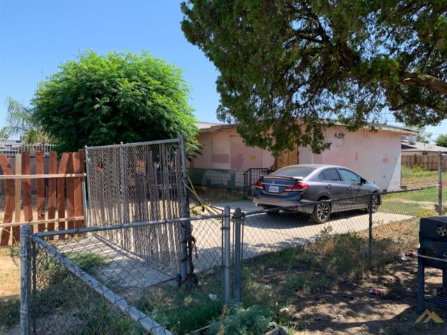 219 Northrup Street, Bakersfield, CA 93307 (#21908635) :: Infinity Real Estate Services