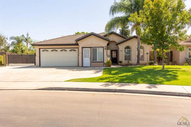 9705 Commodore Drive, Bakersfield, CA 93312 (#21908986) :: Infinity Real Estate Services