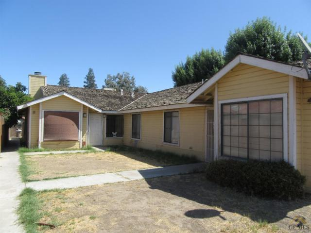 4408 White Lane, Bakersfield, CA 93309 (#21909586) :: Infinity Real Estate Services