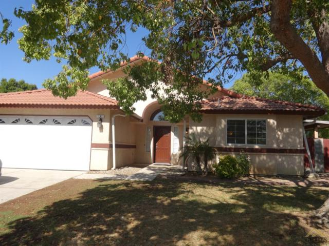 197 Schnaidt Street, Shafter, CA 93263 (#21909652) :: Infinity Real Estate Services