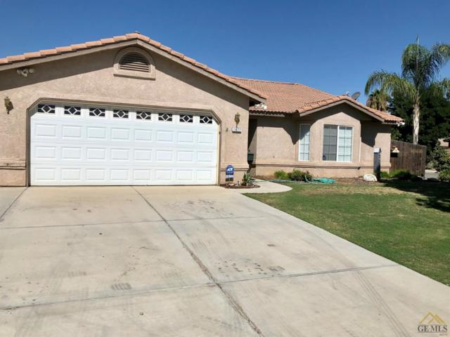 1877 Greenbrier Court, Wasco, CA 93280 (#21909679) :: HomeStead Real Estate