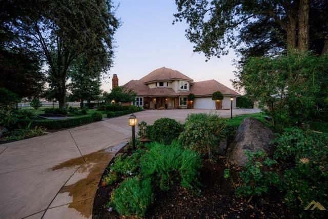 18360 Buckaroo Court, Bakersfield, CA 93314 (#21910879) :: Infinity Real Estate Services