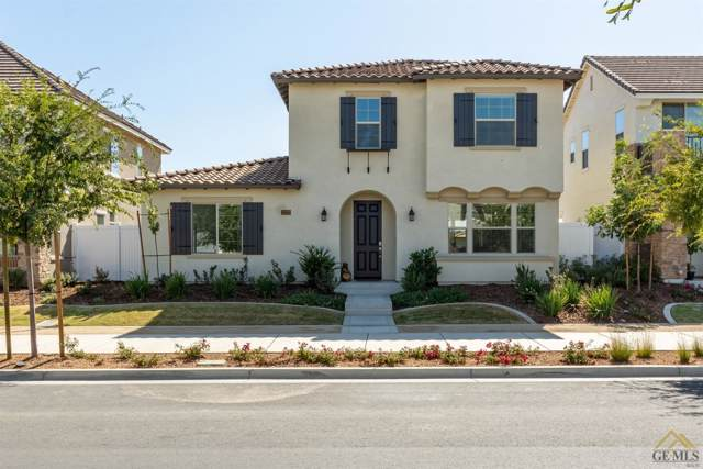 11717 Campus Park Drive, Bakersfield, CA 93311 (#21910910) :: Infinity Real Estate Services