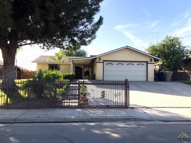 10700 San Emidio Street, Lamont, CA 93307 (#21912021) :: HomeStead Real Estate
