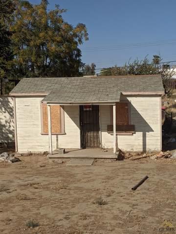 1326 Pearl Street, Bakersfield, CA 93306 (#21912145) :: HomeStead Real Estate