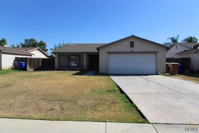 9033 Mackenzie Court, Bakersfield, CA 93306 (#21912195) :: HomeStead Real Estate