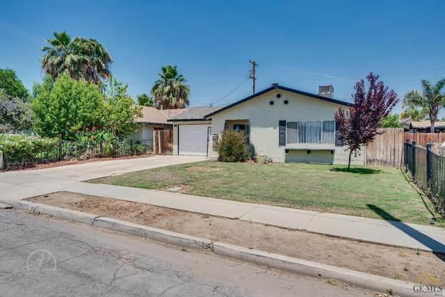204 Hughes Avenue, Bakersfield, CA 93308 (#202005054) :: HomeStead Real Estate