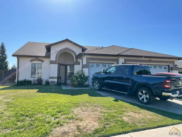 1111 N A Street, Tulare, CA 93274 (#202104742) :: HomeStead Real Estate