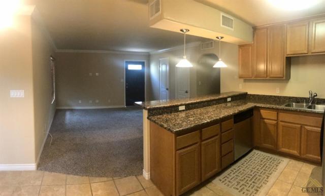 3700 Q Street #212, Bakersfield, CA 93301 (MLS #21712171) :: MM and Associates