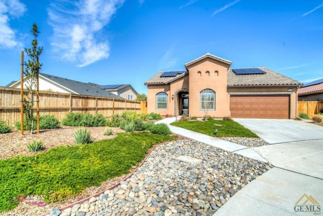 9402 Laurelwood Court, Shafter, CA 93263 (MLS #21802954) :: MM and Associates