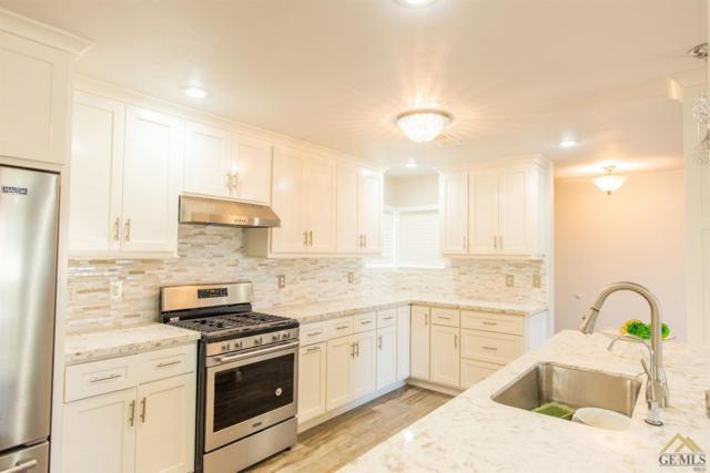 2021 8th Ave Avenue, Delano, CA 93215 (#21901744) :: Infinity Real Estate Services