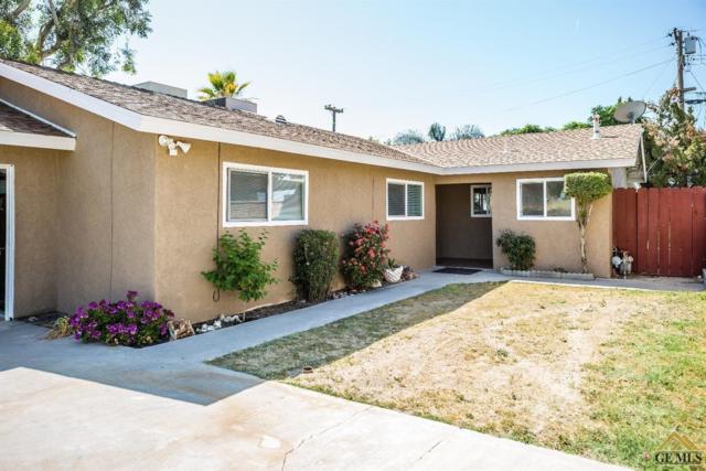8049 Willis Avenue, Bakersfield, CA 93306 (#21902086) :: Infinity Real Estate Services