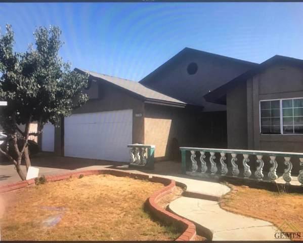 2120 18th Avenue, Delano, CA 93215 (#21911959) :: HomeStead Real Estate