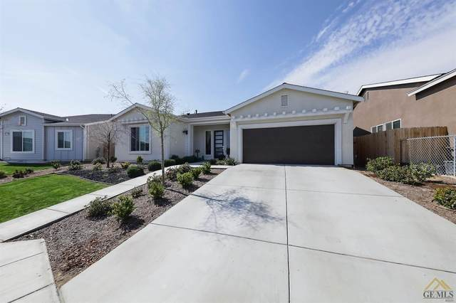 6623 Sycamore Wood Lane, Bakersfield, CA 93313 (#202101903) :: CENTURY 21 Jordan-Link & Co.