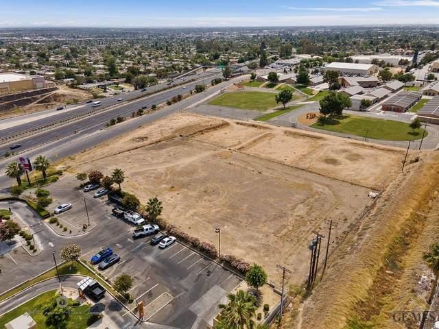 2220 E Height Street, Bakersfield, CA 93305 (#202106307) :: MV & Associates Real Estate