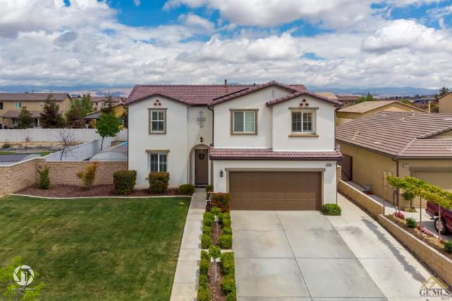 5703 Cordonata Way, Bakersfield, CA 93306 (#21904247) :: Infinity Real Estate Services