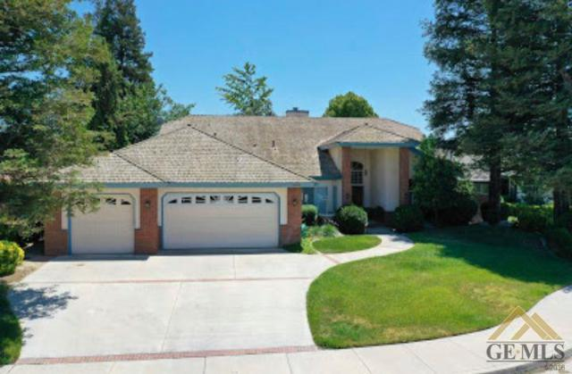 16009 Marty Avenue, Bakersfield, CA 93314 (#21907404) :: Infinity Real Estate Services