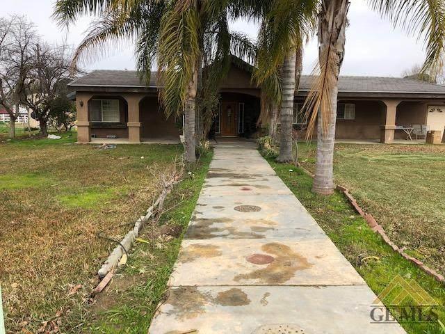 16200 Brimhall Road, Bakersfield, CA 93314 (#202001920) :: HomeStead Real Estate