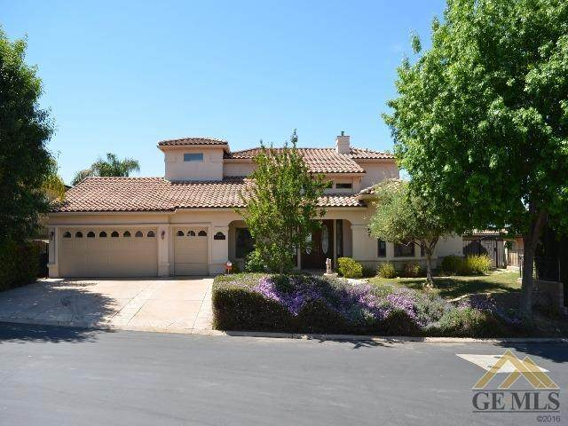 15401 Casa Club Drive, Bakersfield, CA 93306 (#202004221) :: HomeStead Real Estate