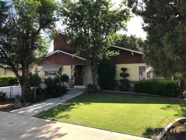 1026 Maple Avenue, Wasco, CA 93280 (#202004734) :: HomeStead Real Estate