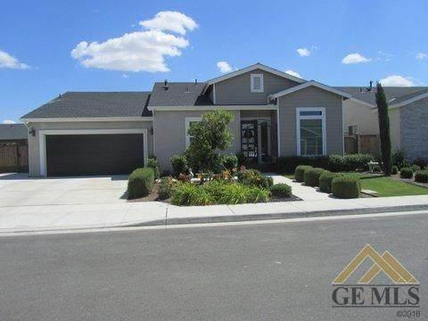 9211 Manor Forest Lane, Shafter, CA 93263 (#202004749) :: HomeStead Real Estate