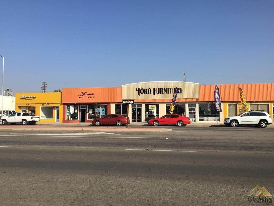 10917-10927 Main Street - Photo 1
