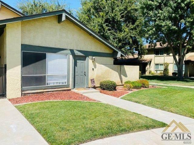 800 Lexington Street #35, Delano, CA 93215 (#202100144) :: HomeStead Real Estate