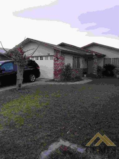 211 Wooner Drive, Arvin, CA 93203 (#202101517) :: HomeStead Real Estate