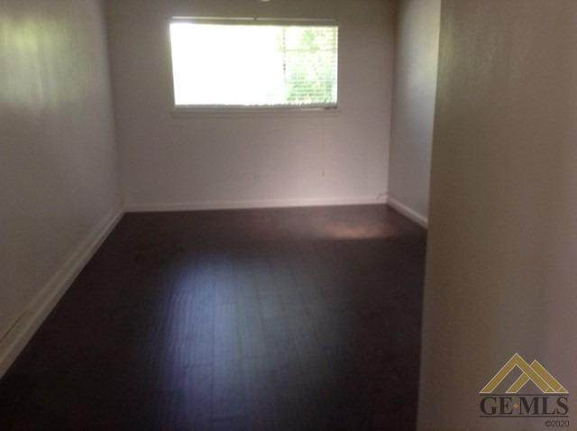 Bakersfield, CA 93305 :: MV & Associates Real Estate