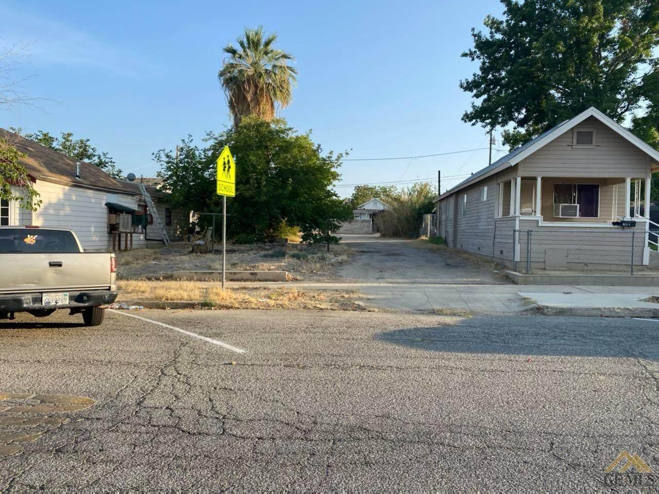 307 San Emidio Street - Photo 1