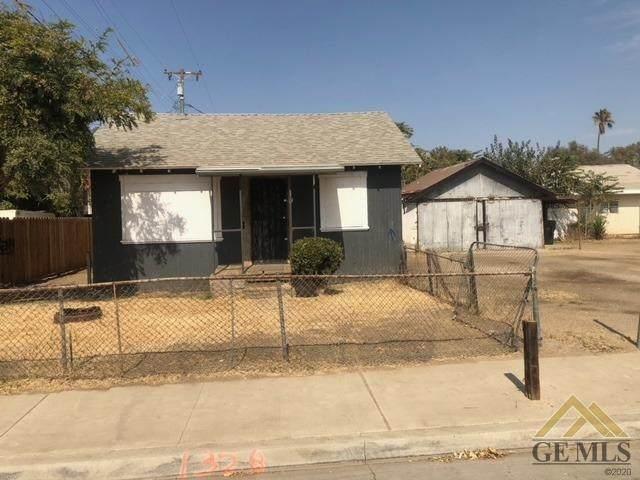 1328 36th Street, Bakersfield, CA 93301 (#202110872) :: MV & Associates Real Estate