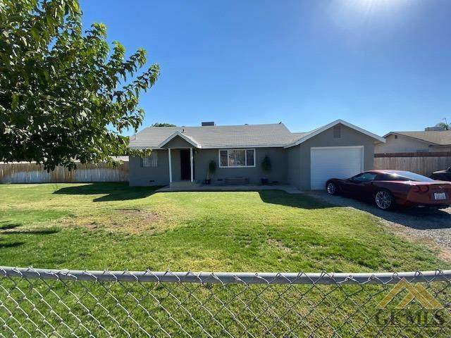 5131 Pioneer Drive, Bakersfield, CA 93306 (#202111206) :: MV & Associates Real Estate