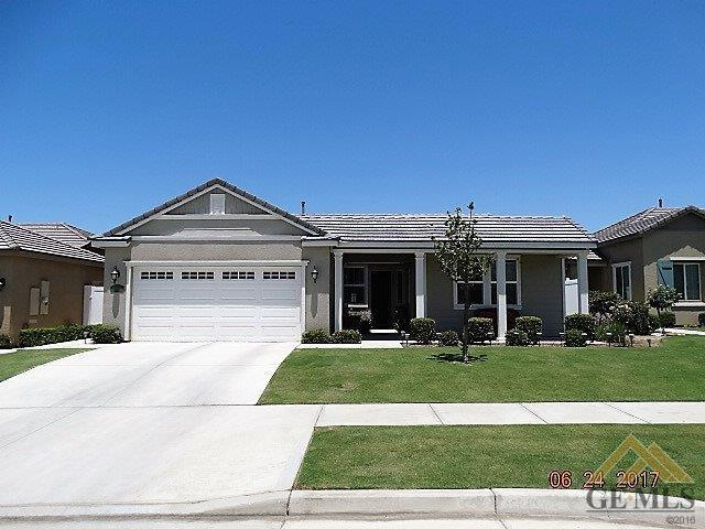 14512 Yellow Lupine Drive, Bakersfield, CA 93314 (MLS #21707303) :: MM and Associates