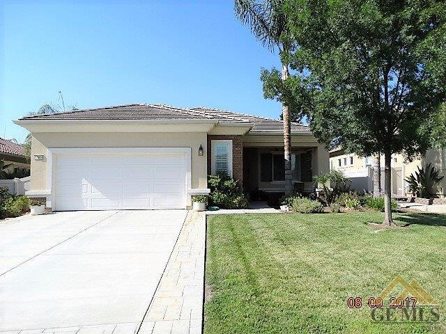 13914 Calico Village Drive, Bakersfield, CA 93306 (MLS #21709376) :: MM and Associates