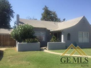 2001 Forrest Street, Bakersfield, CA 93304 (MLS #21709653) :: MM and Associates