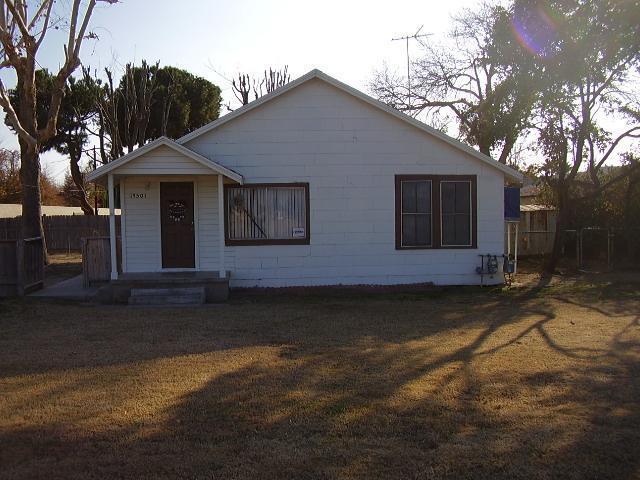 33335 Rosedale Highway, Bakersfield, CA 93314 (MLS #21709719) :: MM and Associates