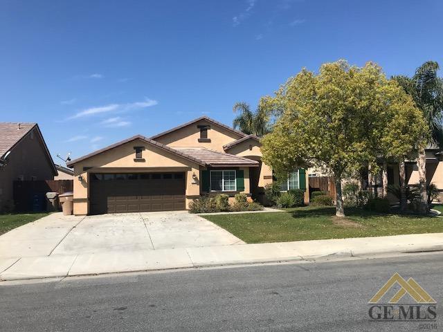 5211 Cherry Creek Ln Lane, Bakersfield, CA 93312 (MLS #21803371) :: MM and Associates
