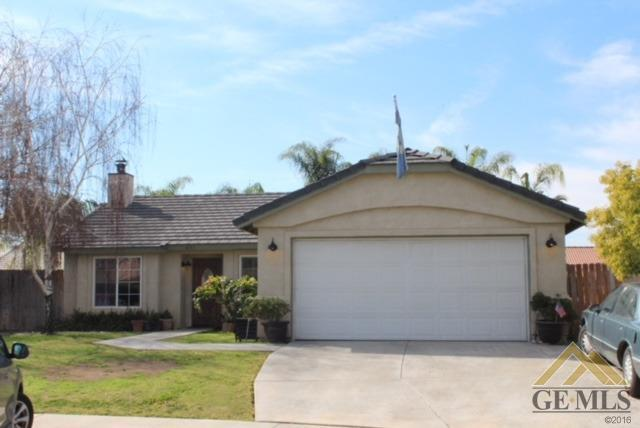 4111 Sierra Redwood Drive, Bakersfield, CA 93313 (MLS #21803420) :: MM and Associates
