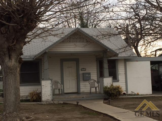 1011 31st Street, Bakersfield, CA 93301 (#21902148) :: Infinity Real Estate Services