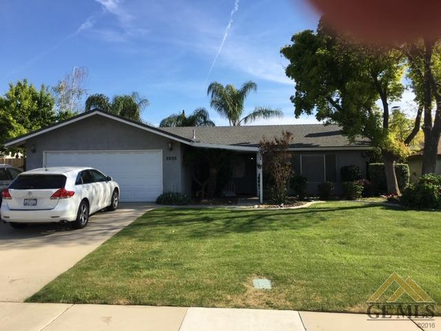 5905 Highland Oaks Drive, Bakersfield, CA 93306 (#21904408) :: Infinity Real Estate Services
