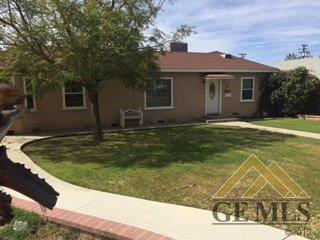 2211 Quincy Drive, Bakersfield, CA 93306 (#21904490) :: Infinity Real Estate Services