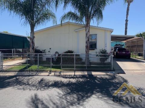6601 Eucalyptus Drive #148, Bakersfield, CA 93306 (#21906915) :: Infinity Real Estate Services