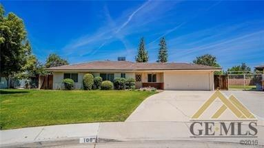 100 Atherton Court, Bakersfield, CA 93309 (#21907467) :: Infinity Real Estate Services