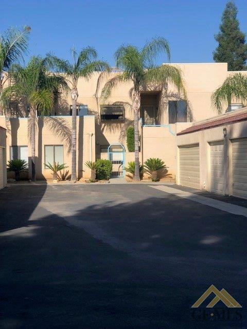 14500 Las Palmas Drive #40, Bakersfield, CA 93306 (#21907489) :: Infinity Real Estate Services