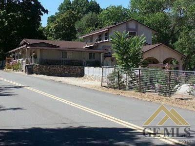 6982 Caliente Bodfish Road, Caliente, CA 93518 (#21907514) :: Infinity Real Estate Services