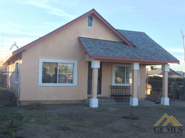 3605 Oliver Street, Bakersfield, CA 93307 (#21908340) :: Infinity Real Estate Services