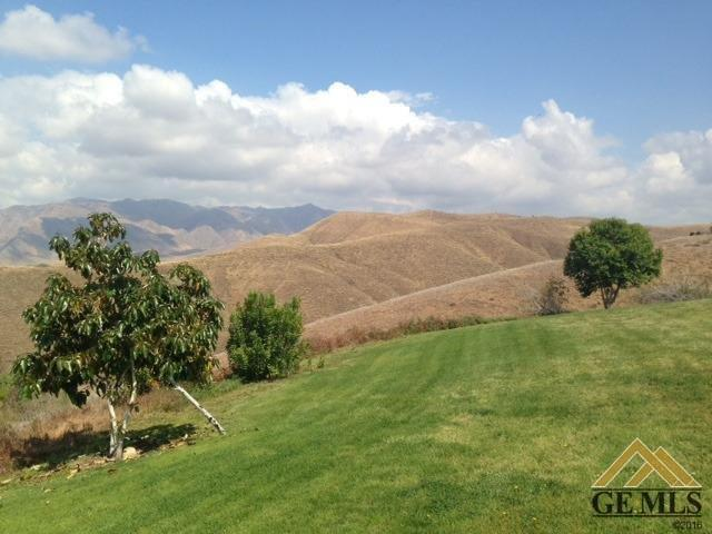 14931 Colonia De Las Rosas, Bakersfield, CA 93306 (#21908904) :: HomeStead Real Estate