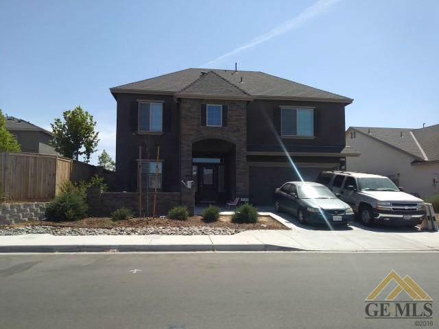 9223 Laurel Meadows Lane, Shafter, CA 93263 (#21909600) :: Infinity Real Estate Services
